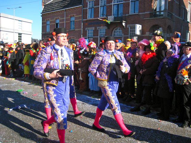 карнавал, парад