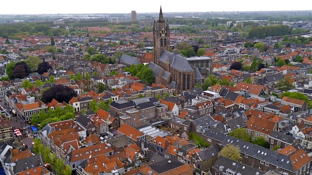 Вид на Делфт с колокольни Новой церкви