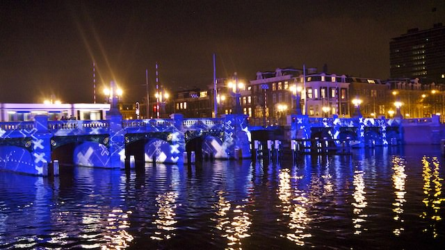 фестиваль огней в Амстердаме