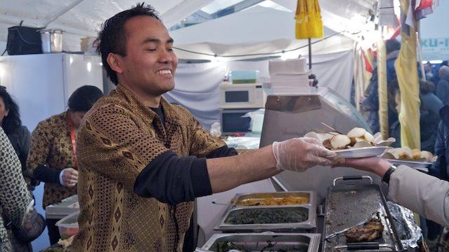 повар ресторана из Индонезии