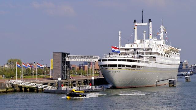 """корабль """"Роттердам"""" (Rotterdam)"""