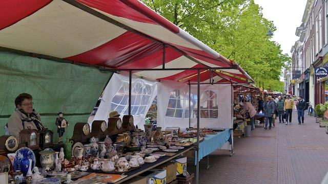антикварный рынок в Делфте
