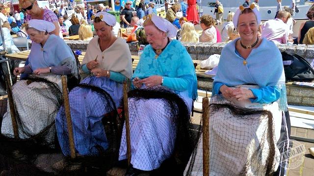 Жены моряков, Схевенинген