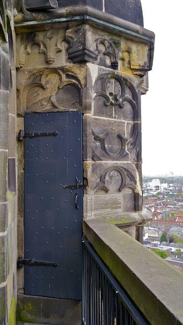 дверь на смотровой площадке
