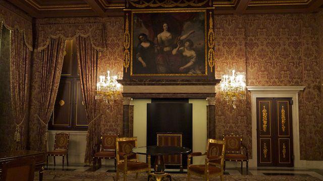 Корабельный зал в Королевском дворце