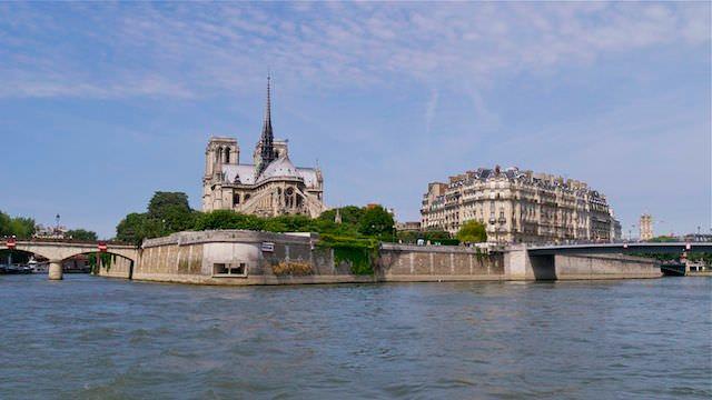 Вид на Париж с воды