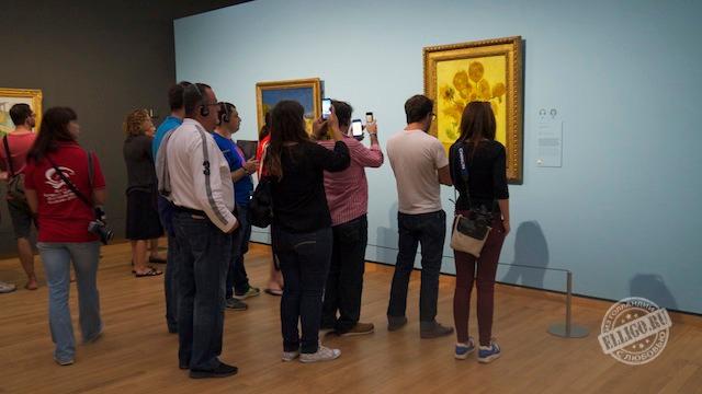 "Картина ""Подсолнухи"", музей Ван Гога"