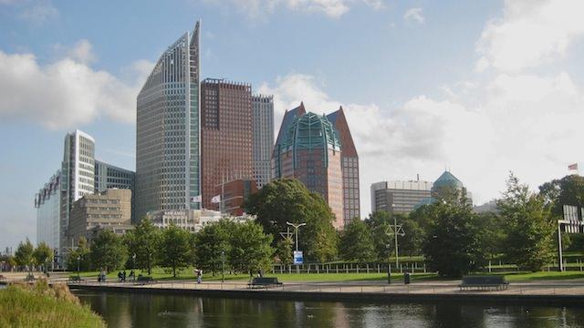 Офисные небоскребы в Гааге