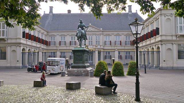 Дворец Нордейнде (Paleis Noordeinde)