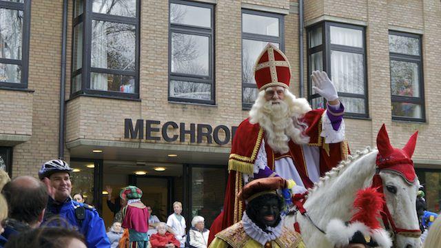 Синтерклаас, он же Святой Николай, он же Дед Мороз