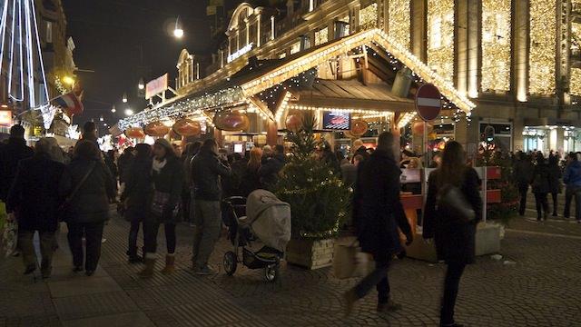Рождественский рынок в Амстердаме