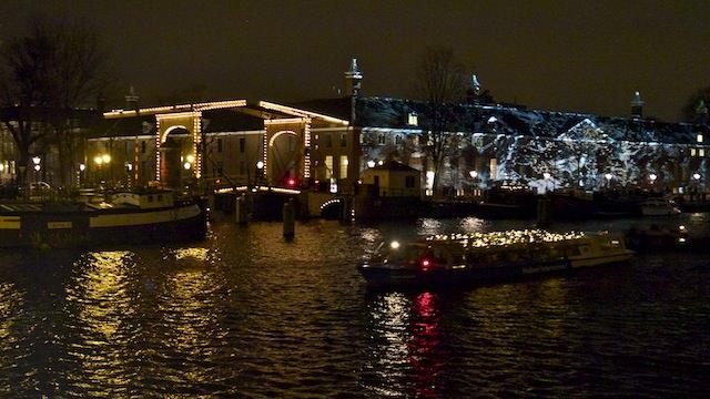 Разводной мост и музей Эрмитаж