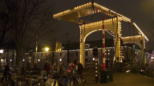 Мост через канал Nieuwe Herengracht