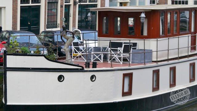 Плавучий дом в Амстердаме2