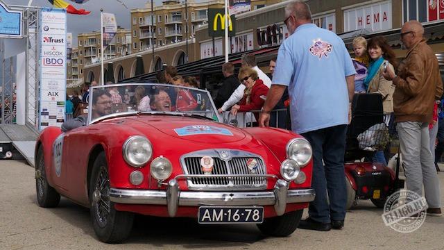 Старинные автомобили-07