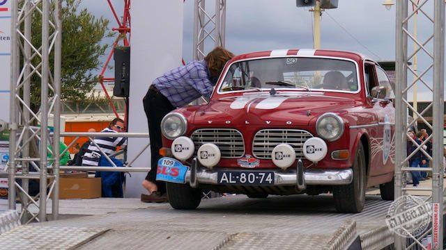 Старинные автомобили-12