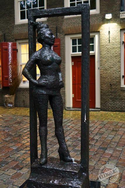 Памятник сексу амстердам