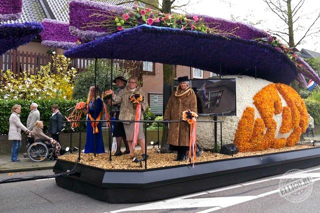 Голландские королевы на параде цветов Bloemencorso 2015