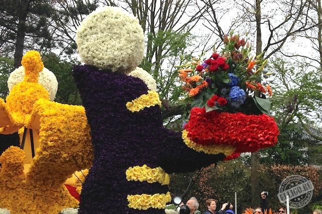 Скульптура из цветов Bloemencorso 2015
