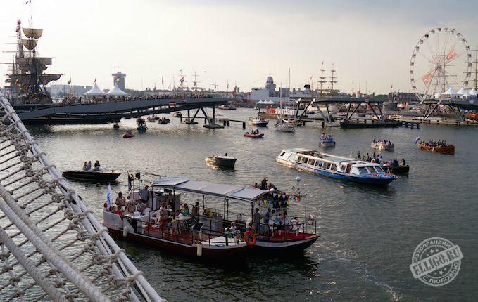 Вид-на-гавань-Амстердама